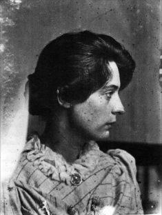 Marie Krøyer i profil 1891