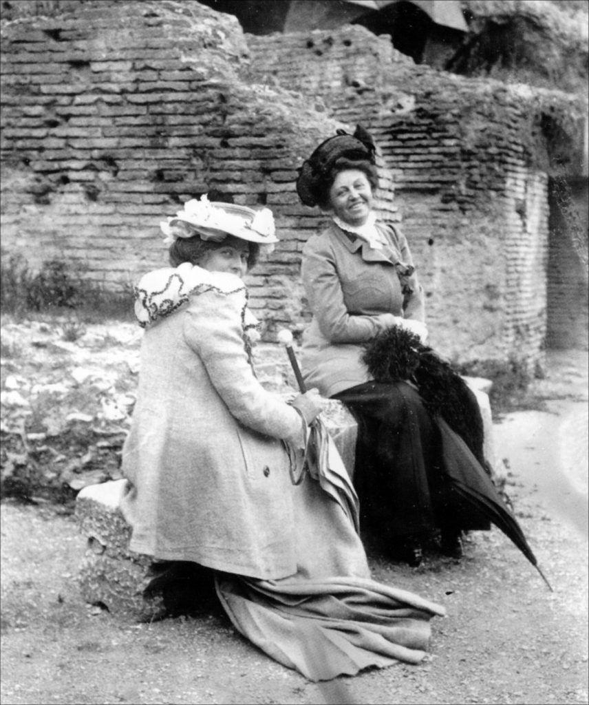 Maria Krøyer og Anna Norrie 1902